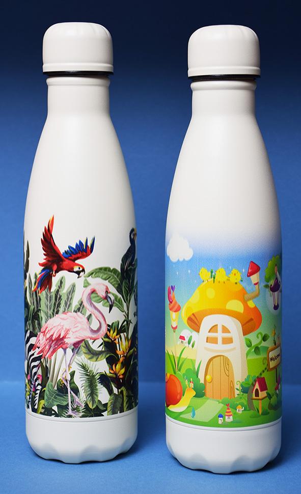 Bottiglie personalizzate stampiamo a colori, la tua grafica su tutta la circonferenza della bottiglia.